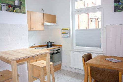 Haus Büdelsdorf - Wohnung 6 - Küche und Essbereich
