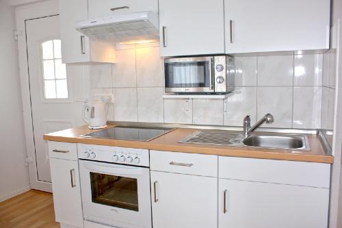 Haus Büdelsdorf - Küchenzeile